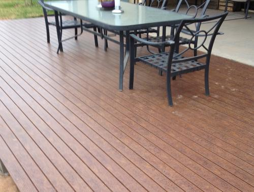 knotwood decking